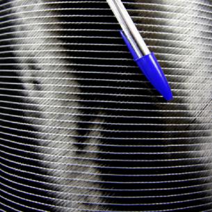 De carbone tissu Biaxial +45 ° /-45 ° à 50 K et 300 g/m2